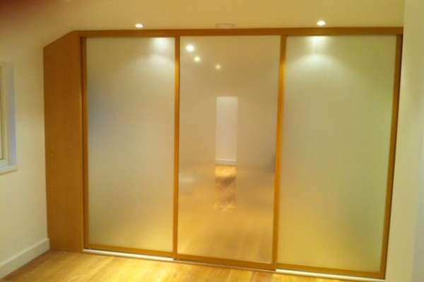 Sliding wardrobe doors for the home office