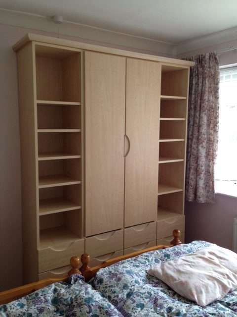 bespoke sliding wardrobe doors