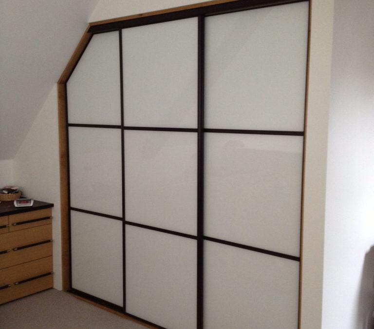 Oriental Sliding Wardrobe Doors