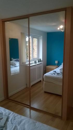 5 ways sliding wardrobe doors adds value to your property