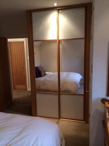 5 Reasons Why You Need to Invest In Sliding Wardrobe Doors