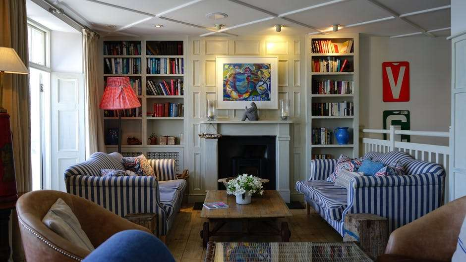 Best Tricks For A Small Living Space