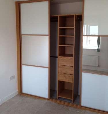 divider closet