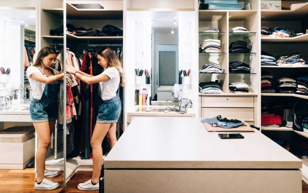 What are the different types of wardrobes?